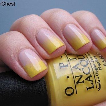 Die Bananenwurst nail art by Danny