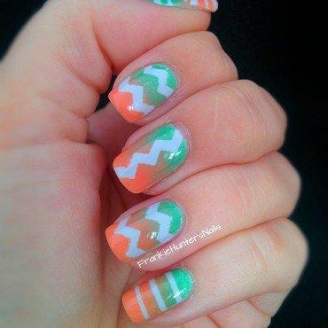 Summery gradient nail art by Franziska FrankieHuntersNails