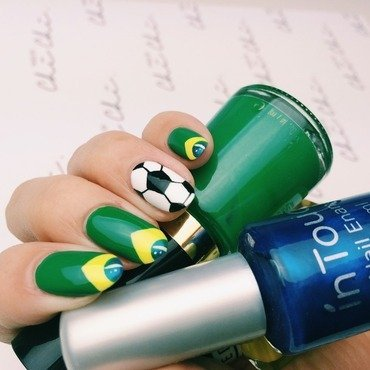 World Cup inspired nails nail art by Chi Chi