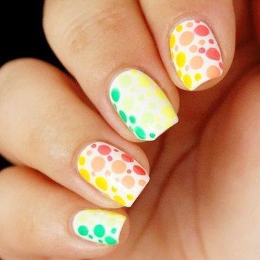 rainbow dots nail art by Ballonmariechen