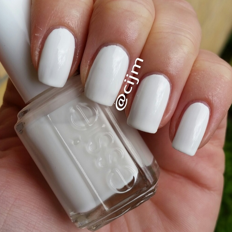 Essie Blanc Swatch by cijm