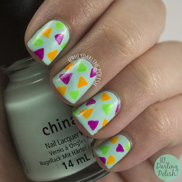 Fingerfood theme buffet neon triangles nail art 4 thumb370f