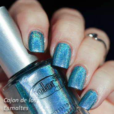 Color Club Over The Moon Swatch by Cajon de los esmaltes