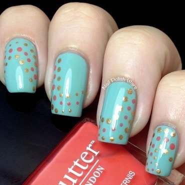 Dotted Waves nail art by Nail Polish Wars