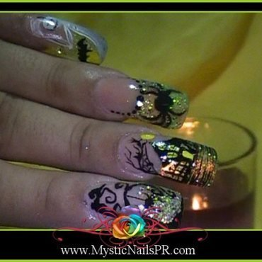 Halloween Nail Art ♥ by Jennifer Perez nail art by Jennifer Perez ♥ Mystic Nails