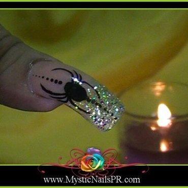 Spider Nail Art ♥ by Jennifer Perez nail art by Jennifer Perez ♥ Mystic Nails