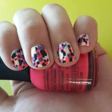 Fake Splatter nail art by Renataremedios