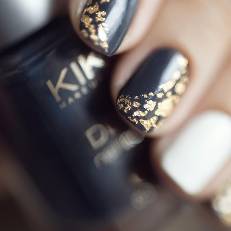 Gold 2.0 nail art by Treviginti