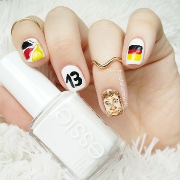Fifa World Cup Design: Portrait of Thomas Müller nail art by froschstuetzpunkt