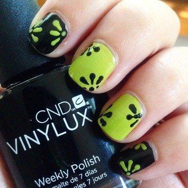 Simple Daisy nail art by Niki My Oh My Nails