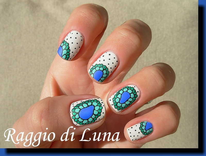 Abstract flower manicure nail art by Tanja