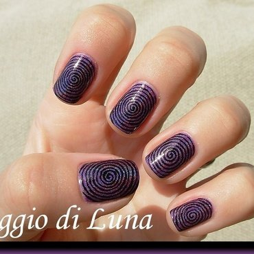 Giant black swirl on holo purple nail art by Tanja