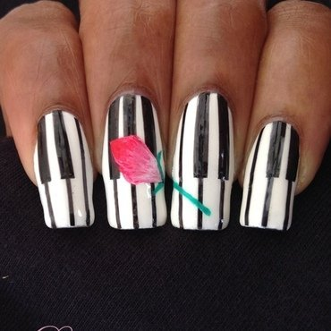 piano rose nail art by Dess_sure