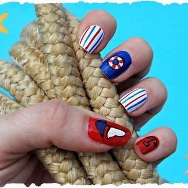 Let´s sail! nail art by Km.Lucy