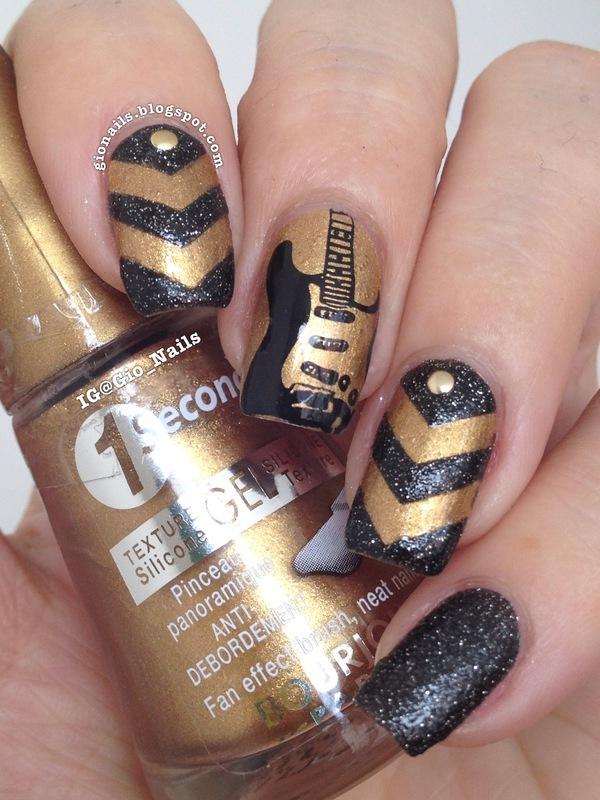 I Love Rock \'n Roll nail art by Giovanna - GioNails - Nailpolis ...