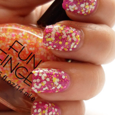 Funky fingers glitter matters 2 thumb370f