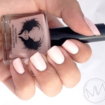 Lacc (La Couleur Couture) 1992 Swatch by Mango Nailz