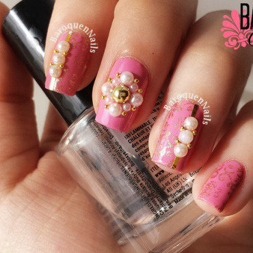 Pink And Gold Baroque nail art by BaroquenNails