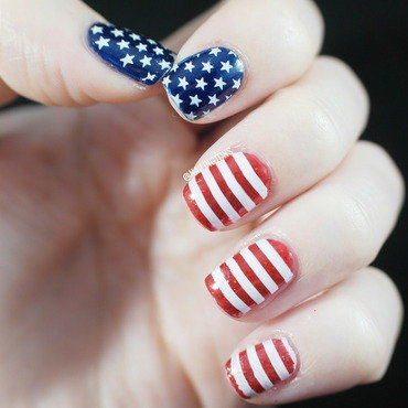 Happy Independence Day! nail art by Nailingtons