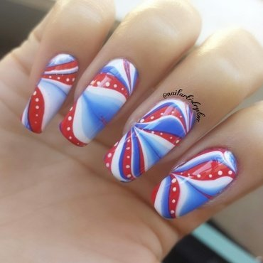 Happy 4th of July nail art by Julia
