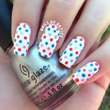 4th of July Dot Nails nail art by Baylie