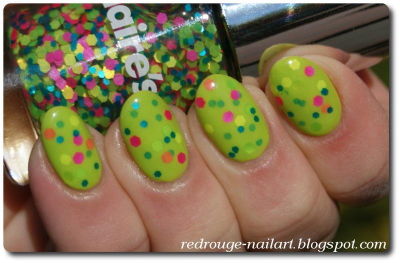 Neon Green Sandwich nail art by RedRouge