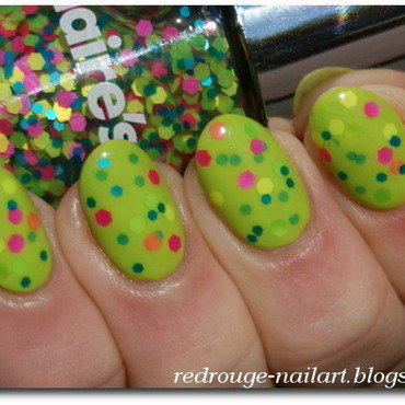 Neon Green Sandwich nail art by RedRouge