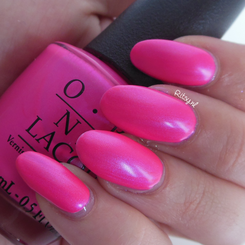 OPI Hotter Than You Pink and OPI Put a coat on Swatch by Ritsy NL