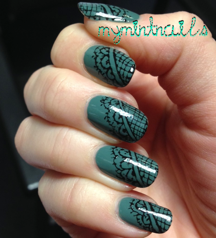 Lace corners nail art by MyMintNails