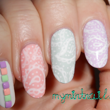 Pastel Paisley nail art by MyMintNails