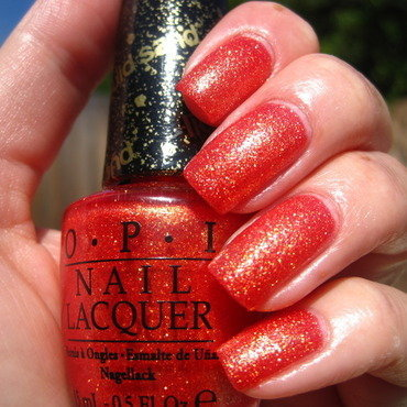 OPI Jinx Swatch by Donner