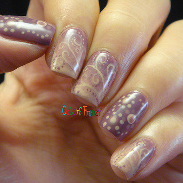Filigree Gradient nail art by Novi