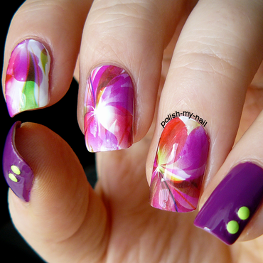 Purple flowers nail art by Ewlyn