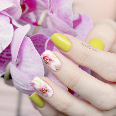 Spring Flowers nail art by Jen from polished-with-love