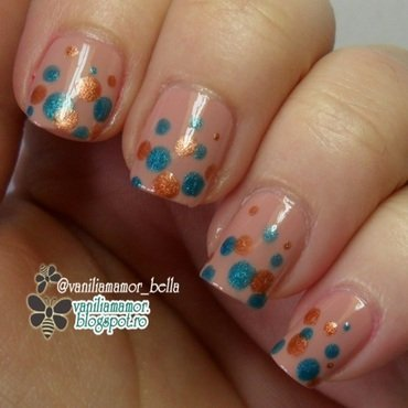 Brown-teal dots nail art by Isabella