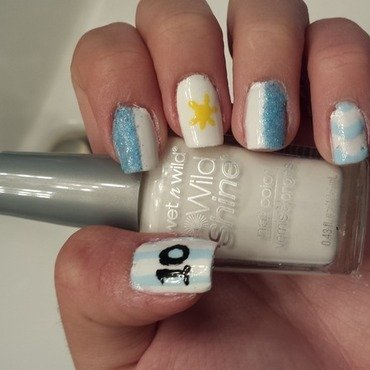 Argentina World Cup Nails nail art by Ana Quinones