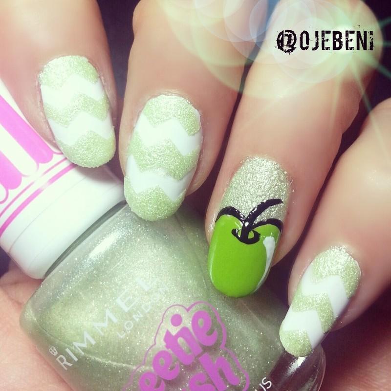 Yummy Apple nail art by ojebeni
