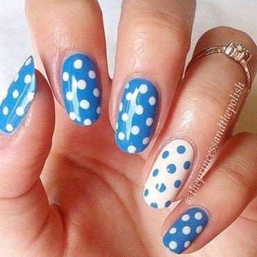 Blue Dotticure nail art by Alexandra