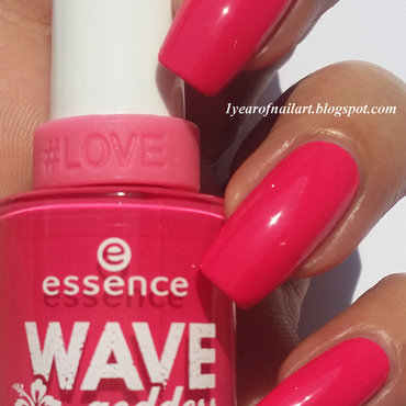 Swatch 20essence 20trend 20edition 20wave 20goddess 2001 20loose 20your 20heart 20on 20the 20board thumb370f