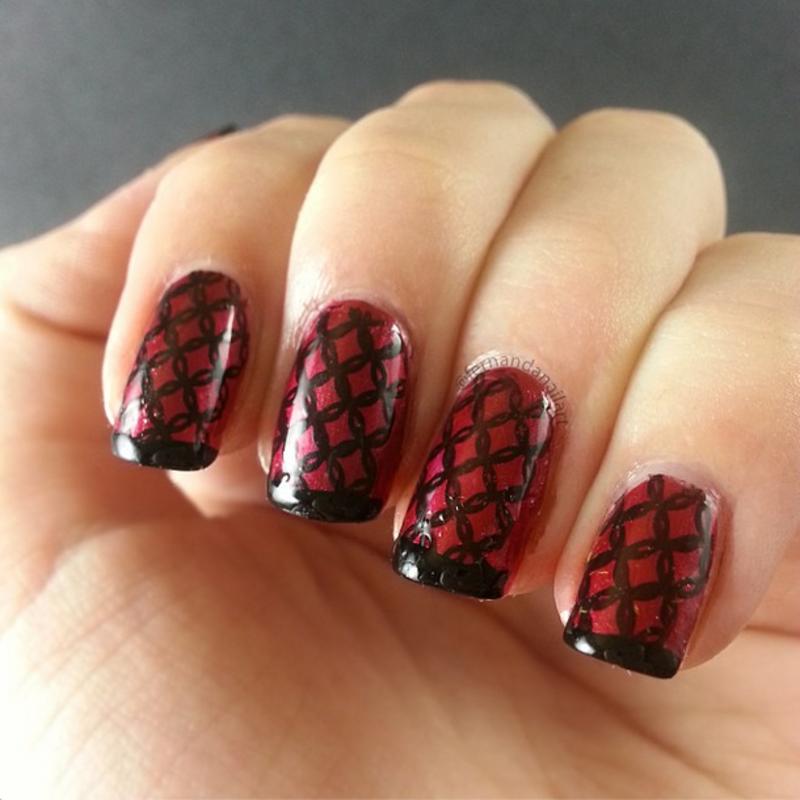 Estampado Negro en Malla nail art by LyAN