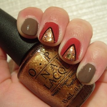 Gold Abstract nail art by Lina-Elvira