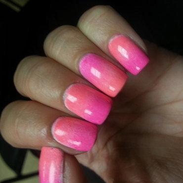 Summer Gradient nail art by KyannR