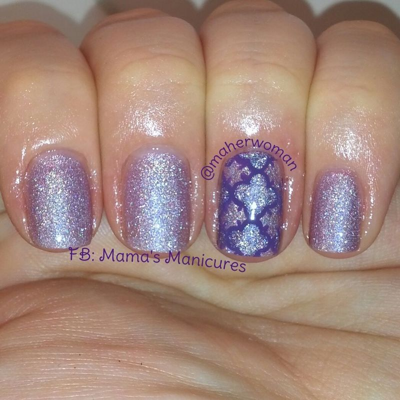 Quatrefoil in purple nail art by Mama's Manicures (maherwoman)