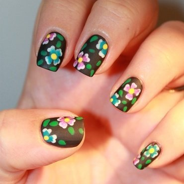All in flowers nail art by Karosweet