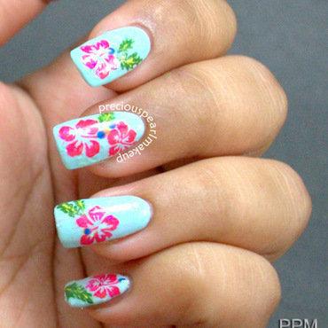 Hibiscus Nails nail art by Pearl P.