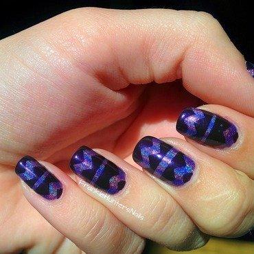 Holo Nail Vinyl mani nail art by Franziska FrankieHuntersNails