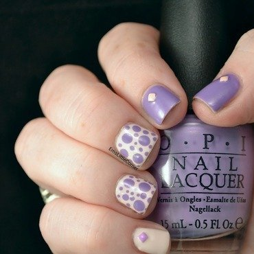 Lilac and Cream Skittlette nail art by Emma B