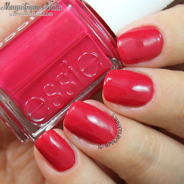Essie haute in the heat Swatch by Ana
