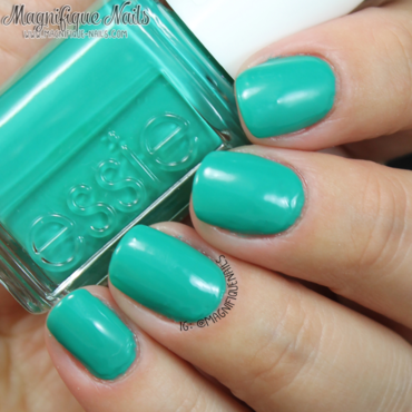 Essie ruffles and feathers Swatch by Ana