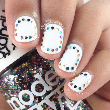 Colorful Glitter Outline nail art by Sabah